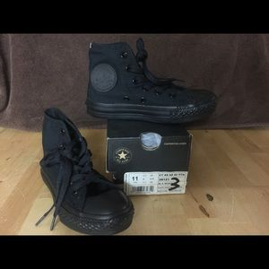 Converse size 11 youth black - never used